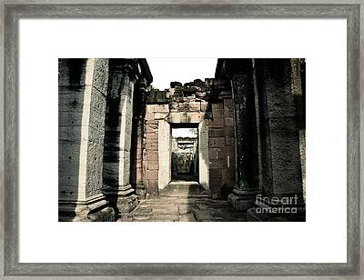Castle  Framed Print by Thammasak Kanjananul