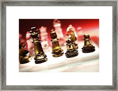 Chess Framed Print by Les Cunliffe