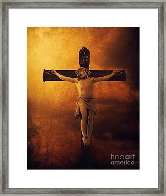 Crucifixcion Framed Print