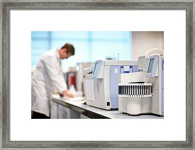 Gas Chromatography Analysis Framed Print by Crown Copyright/health & Safety Laboratory Science Photo Library