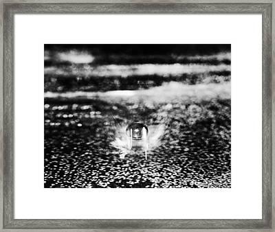 Here I Come Framed Print by Arkady Kunysz