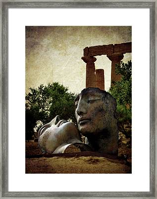 'hermanos' In The Valley Of The Temples Framed Print by RicardMN Photography