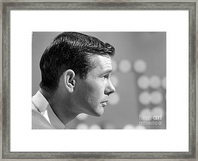 Johnny Carson On The Set Of The Tonight Show 1963 Framed Print