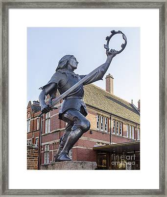 King Richard The Third Framed Print by Linsey Williams