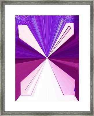 La Vie En Rose 17 Framed Print