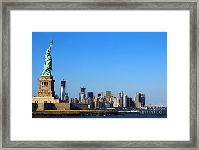 Lady Liberty Watches 1wtc Rise Framed Print