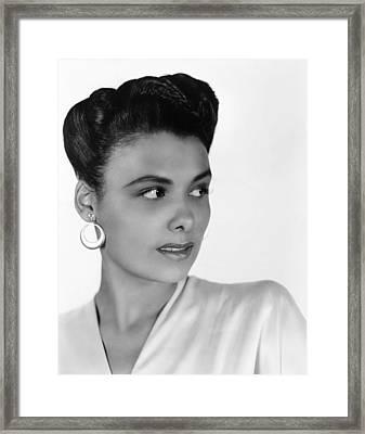 Lena Horne, 1942 Framed Print