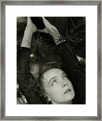 Lillian Gish As The Harlot In Within The Gates Framed Print by Edward Steichen