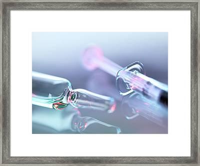 Medical Drug Dose Framed Print by Tek Image