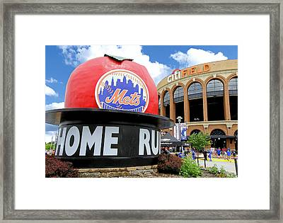 Mets Home Run Apple Framed Print