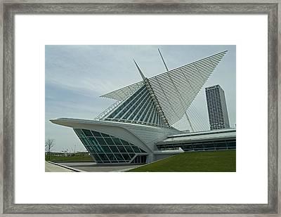 Milwaukee Art Museum Framed Print by Devinder Sangha
