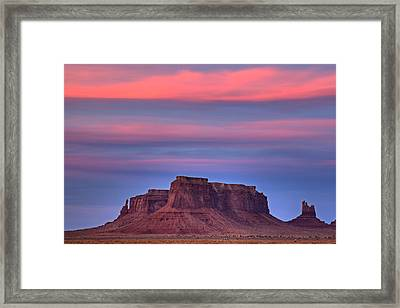 Framed Print featuring the photograph Monument Valley Sunset by Alan Vance Ley