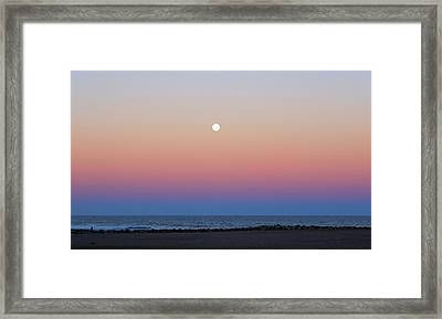 Moon And Belt Of Venus Effect Framed Print by Luis Argerich