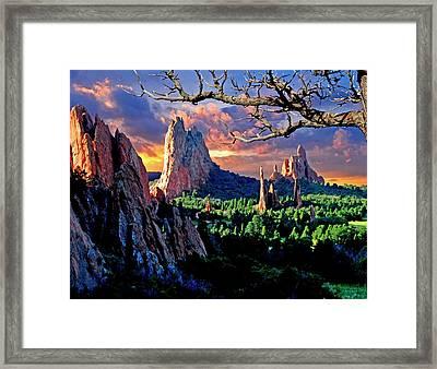 Morning Light At The Garden Of The Gods Framed Print by John Hoffman