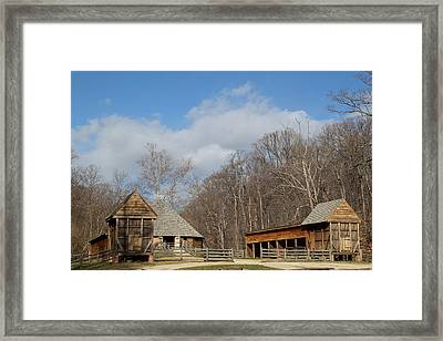 Mt Vernon - 01133 Framed Print by DC Photographer