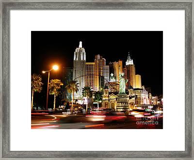 Framed Print featuring the photograph New York Minute by Stuart Turnbull