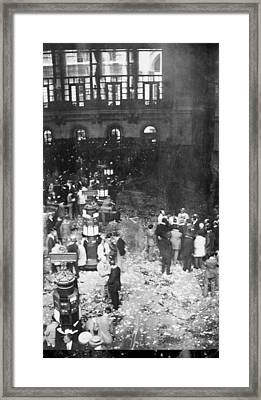 New York Stock Exchange, 1907 Framed Print by Science Photo Library