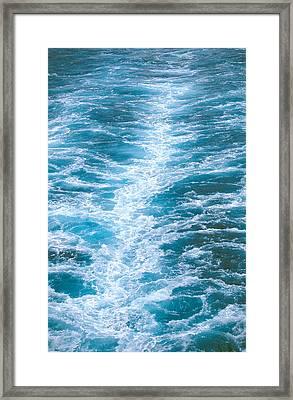 Ocean View. Framed Print by Oscar Williams