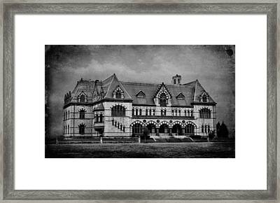 Old Post Office - Customs House B/w Framed Print by Sandy Keeton