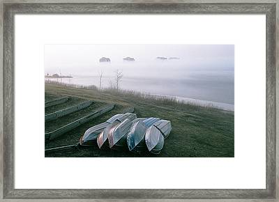Framed Print featuring the photograph Patiently Waiting by David Porteus