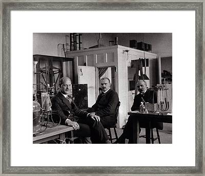 Physiology Researchers Framed Print by National Library Of Medicine