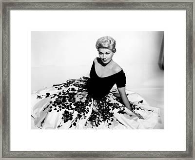 Picnic, Kim Novak, 1955 Framed Print