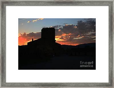 Puesta De Sol En El Castillo De Ainsa Framed Print