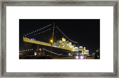 Queen Mary - 12122 Framed Print