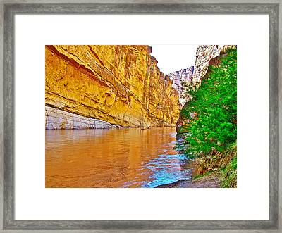 Rafting In Santa Elena Canyon In Big Bend National Park-texas Framed Print
