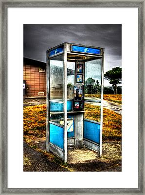 Say Hello Framed Print by Jimmy Story