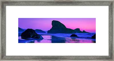 Sea Stacks On The Oregon Coast Framed Print by Rich Leighton