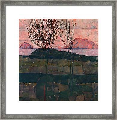 Setting Sun Framed Print by Mountain Dreams