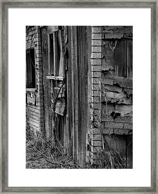 Shingles Framed Print by Tara Lynn
