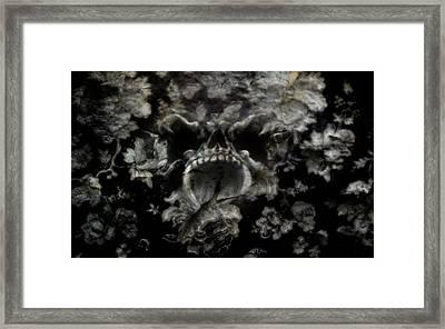 Staymetal Framed Print