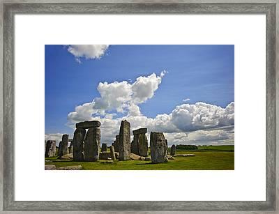Stonehenge Framed Print by Matthew Gibson
