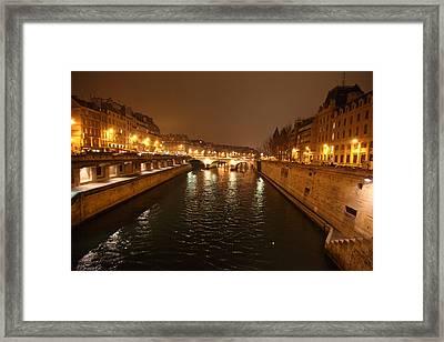 Street Scenes - Paris France - 011325 Framed Print by DC Photographer