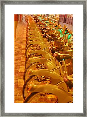 Street Scenes - Paris France - 011330 Framed Print