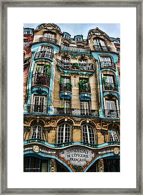 Syndicat De L'epicerie Building Framed Print