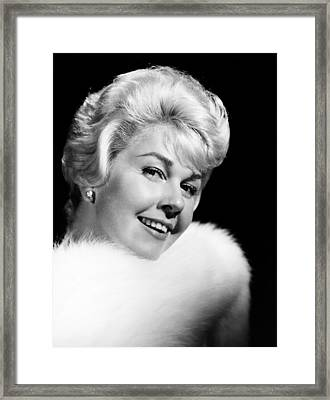 That Touch Of Mink, Doris Day, 1962 Framed Print by Everett
