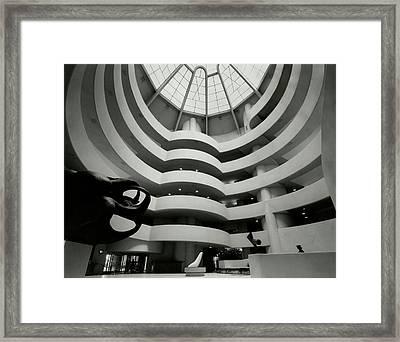 The Guggenheim Museum In New York City Framed Print by Eveyln Hofer