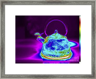 Thermogram Of Kettle Boiling Framed Print by GIPhotoStock