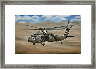 Uh-60 Blackhawk Framed Print by Dale Jackson