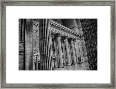Union Station Chicago Framed Print by Mike Burgquist