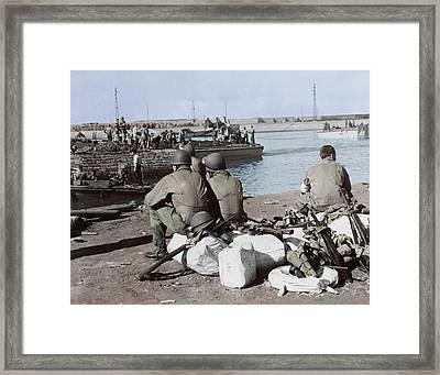 U.s. Troops Taking A Break Framed Print