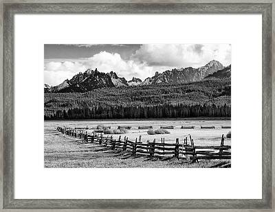 Usa, Idaho, Sawtooth National Framed Print by Jaynes Gallery