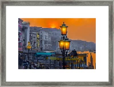 Framed Print featuring the photograph Venezia Al Crepuscolo by Juan Carlos Ferro Duque
