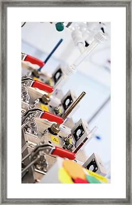Volatile Organic Compounds Detector Framed Print by Crown Copyright/health & Safety Laboratory Science Photo Library