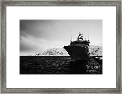w340 kv barents sea norwegian coast guard kystvakt vessel Honningsvag finnmark norway europe Framed Print by Joe Fox