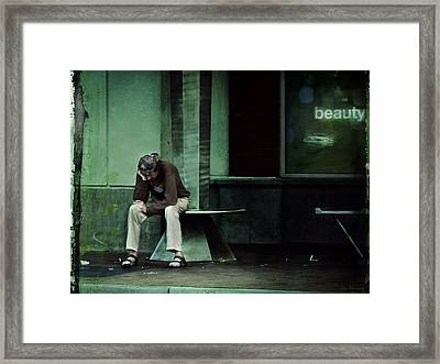 Weary Beholder's Eye  Framed Print by Lin Haring