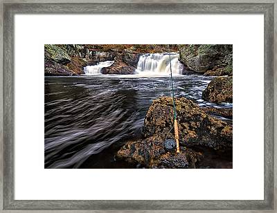 1 Weight On The Isinglass. Framed Print by Jeff Sinon